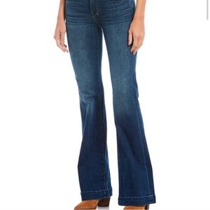 7 FOR ALL MANKIND Dojo Flare Jeans Sz 27